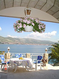 Pansion - 3 STAR Villa on Riviera Trogir - Okrug Donji - Island Ciovo  - Croatia