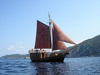 sailing boat santa maria code pla 815 split riviera split