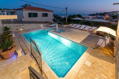 Holiday home Srdjan - with pool: H(10) Sumartin - Island Brac  - Croatia
