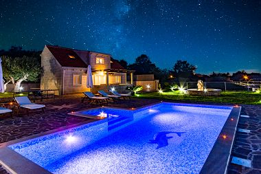Holiday home Ivan - open pool: H(6+4) Supetar - Island Brac  - Croatia