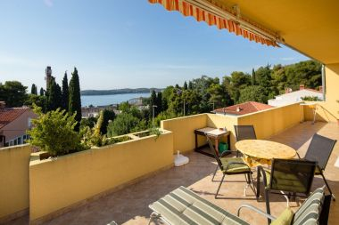 Apartments Draga - 250 m from sea: A1(4+2) Rovinj - Istria