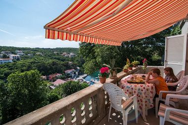 Holiday home Hoda H(4+1) Vrbnik - Island Krk  - Croatia
