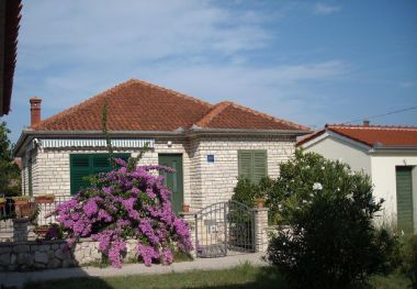 Holiday home Jaroje - 80m from the beach with parking: H(6+1) Pasman - Island Pasman  - Croatia