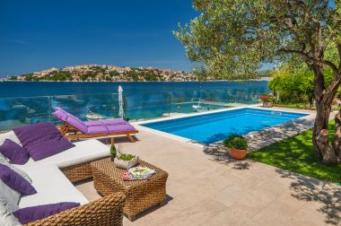 Holiday home Lucmar - swimming pool and sea view H(8+2) Zatoglav - Riviera Sibenik  - Croatia