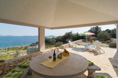 Holiday home Slobodna - 20 from beach; H(4) Cove Ljubljeva (Vinisce) - Riviera Trogir  - Croatia